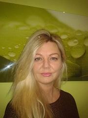 Alex Schrötter Beauty Pearl Regensburg Kosmetiker.1jpg
